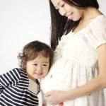 妊娠二人目?!イライラ症状はつわり?上の子の抱っこは大丈夫?