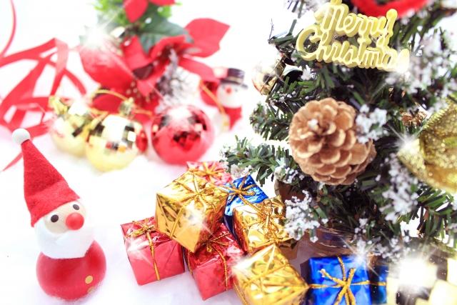 手作りクリスマスパーティーで子供を喜ばせるには?ツリーやプレゼントも