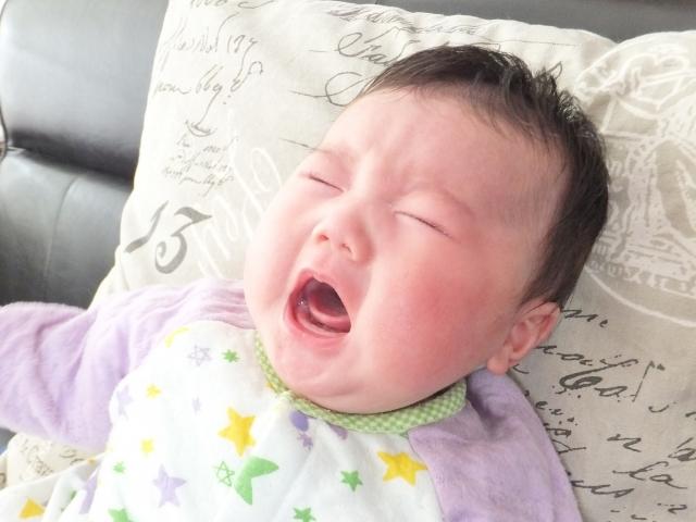 赤ちゃんの夜泣き対処法は?新生児から5ヶ月2歳までの時期別まとめ