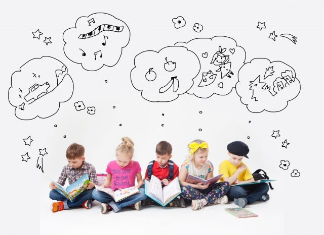 子供の脳の発達は何歳までがピーク?発達を促す方法とおすすめ栄養素