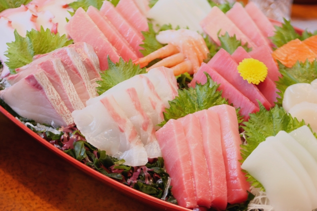 妊娠中に生魚を避けた方がいい理由!いつからいつまで食べたらだめ?
