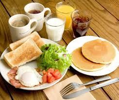 どちらが正しいの?「朝食」を摂らなくても健康なの?!