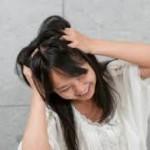 頭皮のかゆみ対策でおすすめ保湿美容液はコレ!頭皮の乾燥・湿疹やフケの予防にも効果抜群!