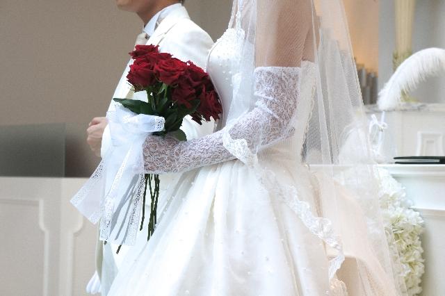 【韓国最新芸能ニュース】韓国の俳優ヨン様と韓国の女優パク・スジンが結婚!