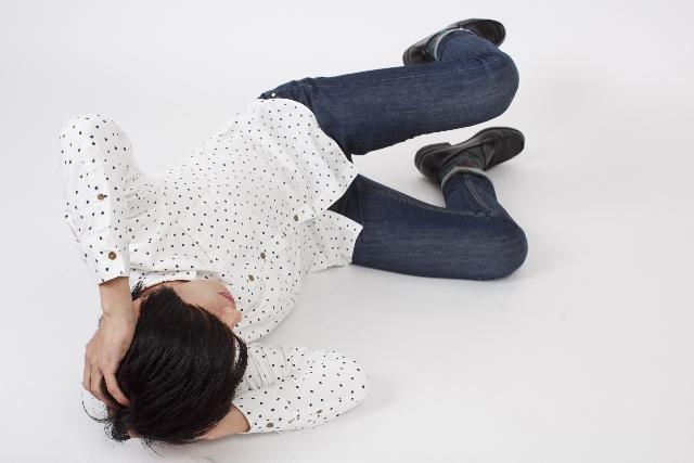 【辛い二日酔いを予防・解消!】酒を飲み過ぎた時に良いものって何?【薬・食べ物】