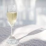 ミード酒とは?蜂蜜酒の作り方・おすすめの飲み方をご紹介!