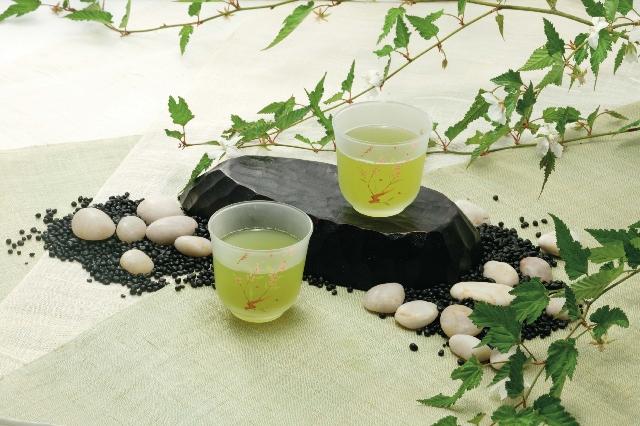 花粉症対策にお茶が効果抜群!予防・体質改善におすすめの飲み物