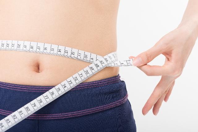 芸能人も飲んでるカロリナ酵素プラスは痩せない?痩せる?成分解析と効果的な飲み方紹介!