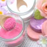 砂糖スクラブで顔や唇を保湿しよう!洗顔法と作り方3選をご紹介