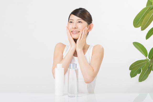 毛穴を引き締める化粧品には成分が重要!美容液並みの化粧水を使いこなす