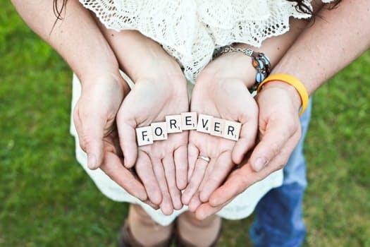 相性チェックで目指せ結婚!理想の彼氏やカップルになるベストパートナーは?