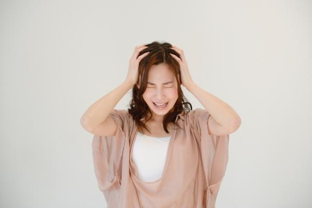 頭皮の臭いの原因は皮脂?女性や子供にも?かゆみも関係あり?